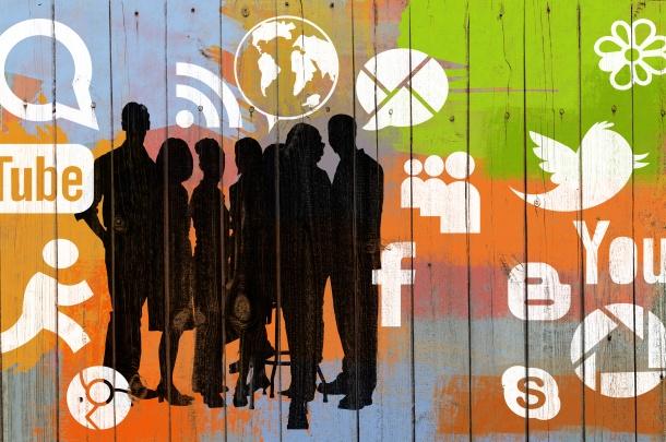 Digital-identity-teenagers-social-media