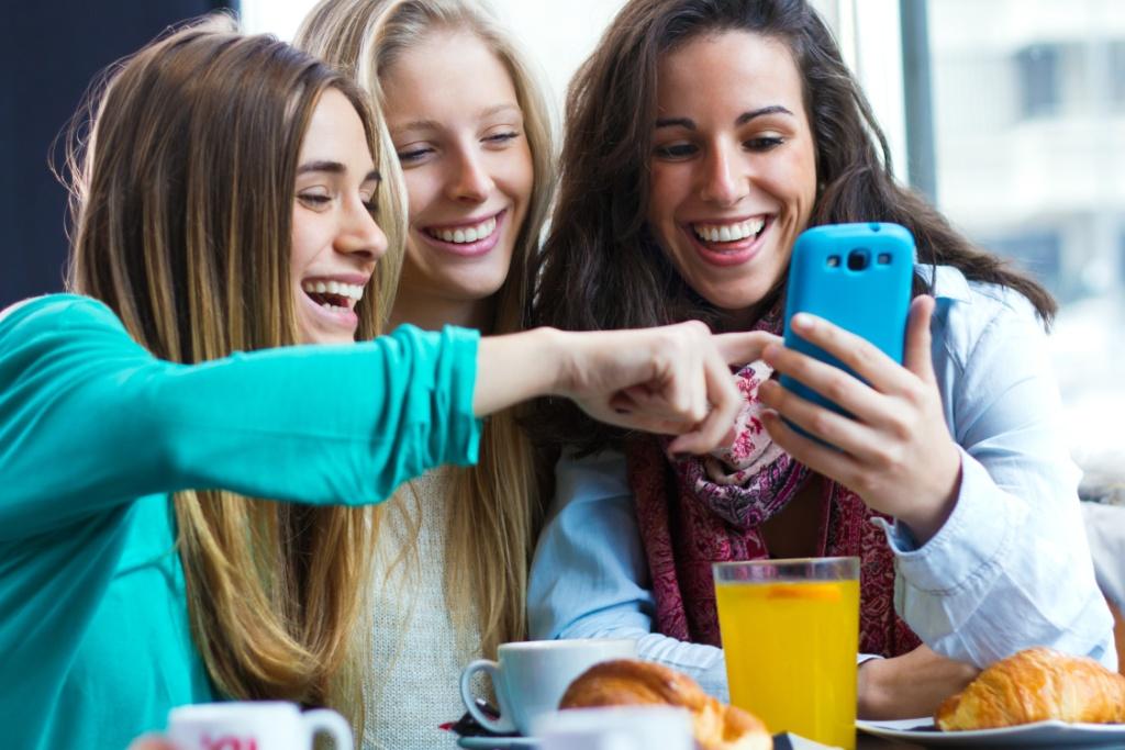 ¿Las redes sociales están aislando a los más jóvenes?